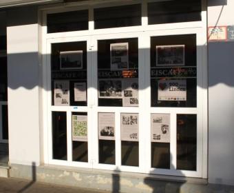 Schaufenster im Eiscafe Da Beppo