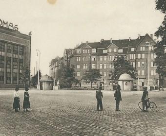 ...und vor ca. 90 Jahren. Blick aus der Deisterstraße mit Hanomag und Göttinger Straße (scharf links) und von Alten Mauer (rechts).