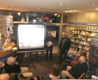 Lebensraum-Linden-Mann Manfred Wassmann und Horst Bohne begrüßen die Teilnehmer der Veranstaltung.